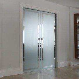 Porta scorrevole in vetro roma vetreria roma - Porte scorrevoli in vetro per interni prezzi ...